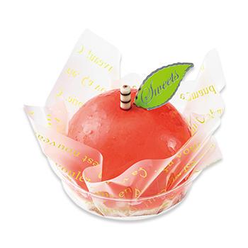 真っ赤なりんごのケーキ