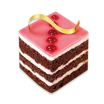 ルビーカカオクリームのケーキ